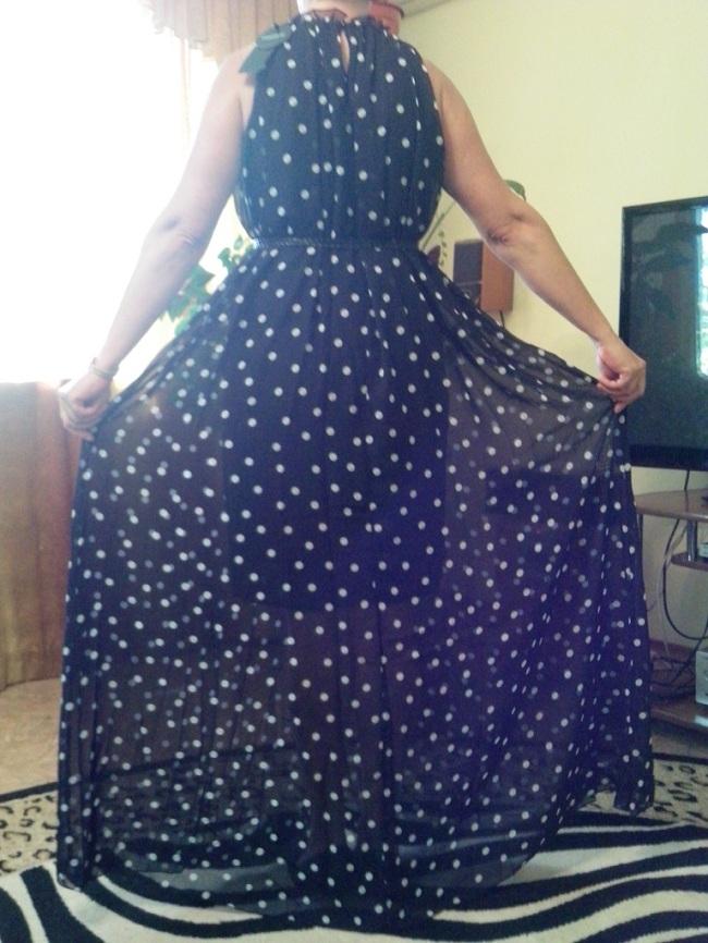 Платье в горох спинка
